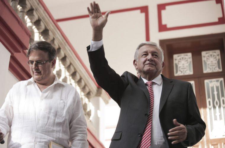 62% de mexicanos cree que con AMLO mejorará la economía: Reforma