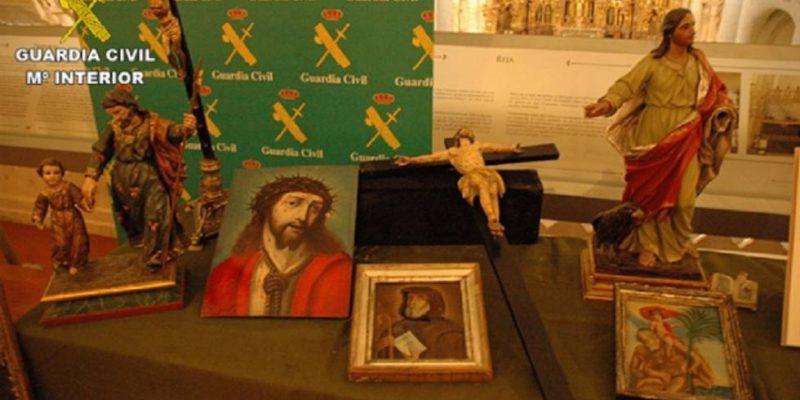 Recuperan obras de arte, entre ellas cartas de Santa Teresa de Jesús