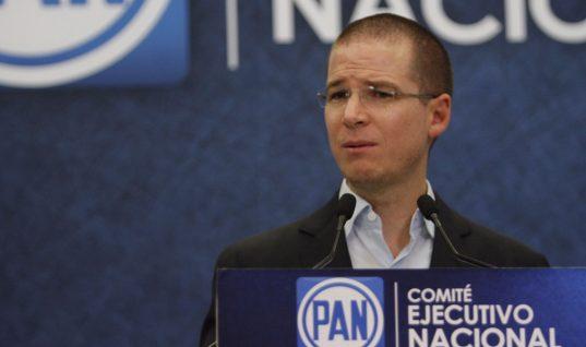 PRD acepta que fue un error unirse con el PAN
