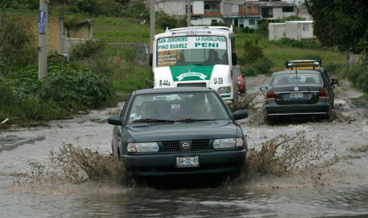 Dejan lluvias daños e inundaciones en Puebla