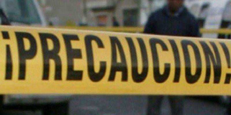 Encuentran cadáver de mujer amarrado y envuelto en cobija