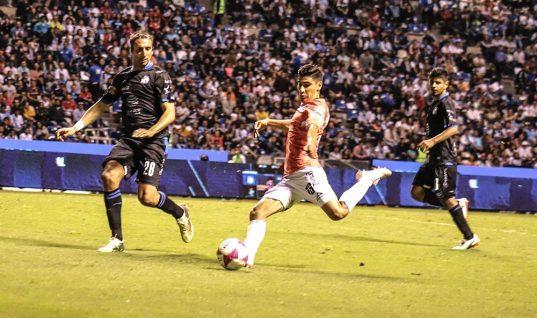 Club Puebla y Lobos BUAP dividen puntos