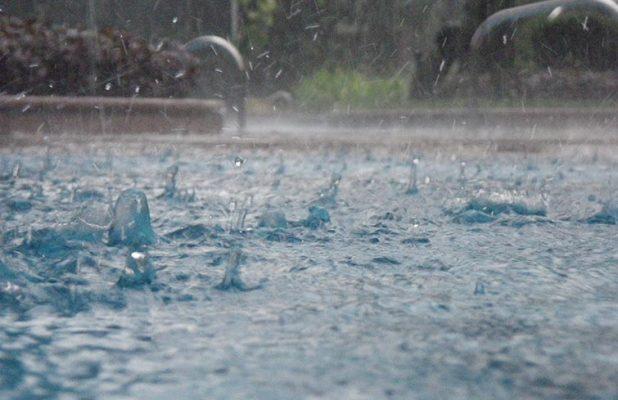 Agua de lluvia en CDMX no es apta para consumirla de manera directa