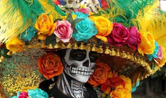 Eligen chilenos a Catrina para festejar Día de Muertos
