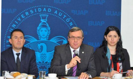 BUAP suspende a 30 estudiantes por portación de droga