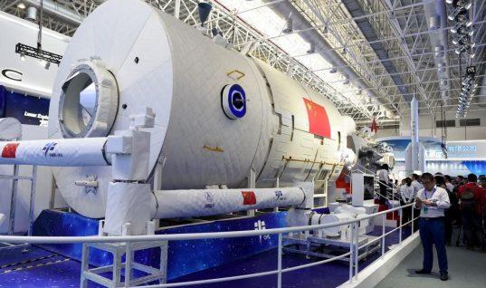 China presenta al mundo réplica de su primera estación espacial