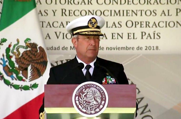 Defensa Nacional y Marina reconocen como 'excelente comandante' a Peña Nieto
