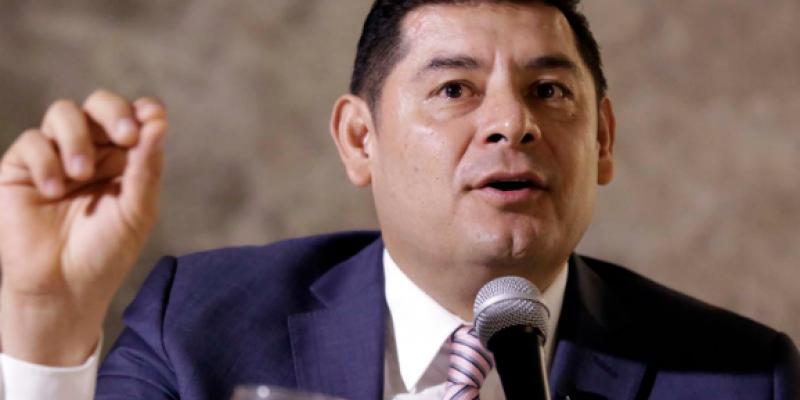 Alejandro Armenta reemplazaría a Barbosa como candidato a gubernatura por Morena
