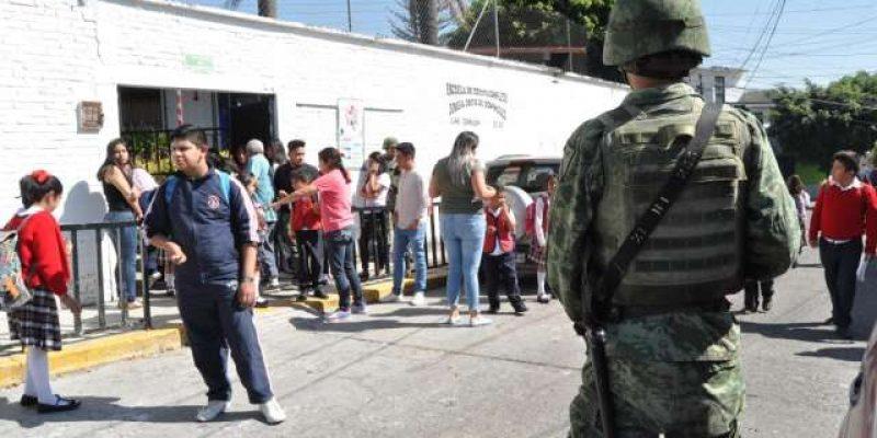 Ejército vigilará escuelas de Morelos