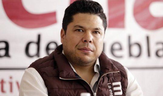 Por falta de acuerdos, suspenden designación de gobernador interino en Puebla; aún no hay fecha