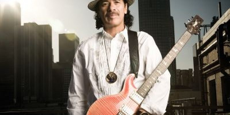 Carlos Santana regresa a México para inyectar ánimo con su música