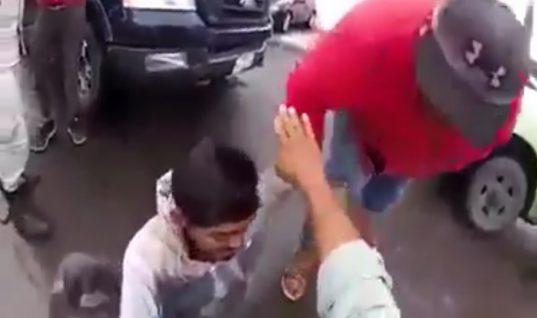 Huachicoleros enfrentan a Seguridad Física de Pemex para liberar cómplice [VIDEO]