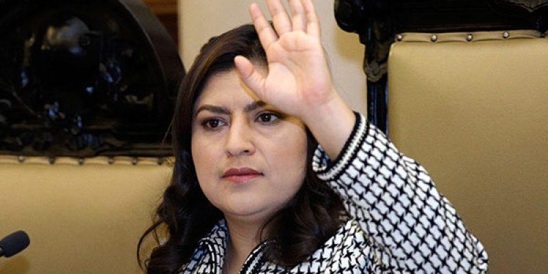 Claudia Rivera se va a Colombia, sin agenda oficial