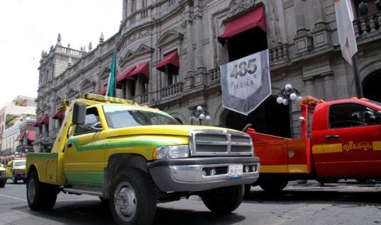 Denuncia ciudadana: Antorcha campesina robaría los autos para después cobrar por el arrastre