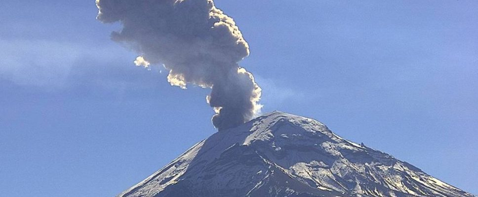 Prevén caída de ceniza en Texmelucan y Santa Rita Tlahuapan