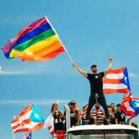 Ricky Martin teme que se afecten los derechos de comunidad gay