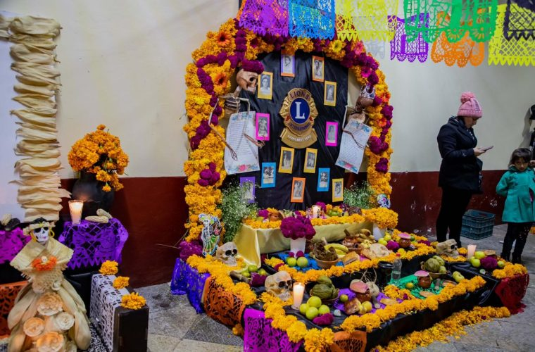 Zacatlán vive con cultura y tradición su Día de Muertos