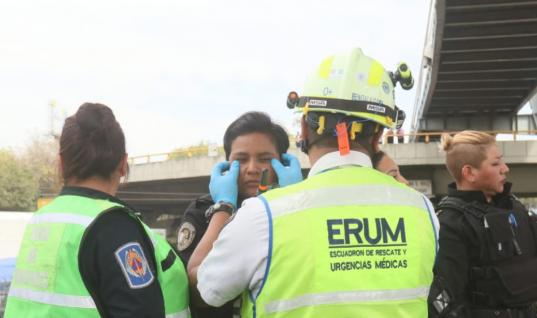 Policías Federales se manifiestan afuera del AICM; niegan unirse a la Guardia Nacional