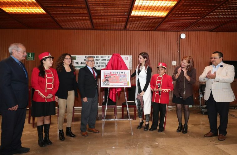 Develan billete de lotería conmemorativo al 195 aniversario de la Federación de Chiapas a México
