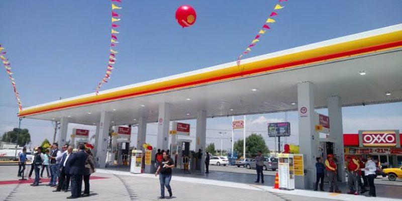 Asaltan gasolinera Shell de Periférico [VIDEO]